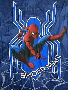 Jay Franco Marvel Spiderman Kids Twin Reversible Comforter Web Jumpkick