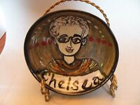 8ma201 RETRO MODERNIST HAND PAINTED PORTRAIT POTTERY BOWL of girl, Chelsea