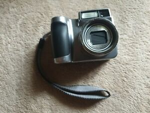 Kodak Easyshare Z700 Digital Camera Silver 5x Optical Zoom 4 MP