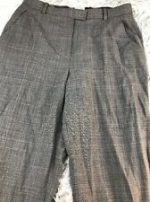 Armani Collezioni sz 6 M Medium gray plaid light weight trouser Made in Italy
