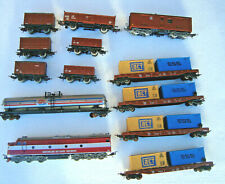 Lima HO Aust Nat Rail Loco with 12 assorted Lima carriages unboxed free post