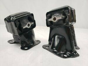 Front Right & Left Engine Mount Set 2PCS for Jeep Grand Cherokee, Commander 4.7L