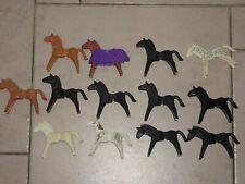 Playmobil :lot de 13 anciens chevaux