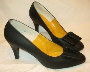 VTG DeLiso Debs Black Leather Pumps Heels Shoe Retro w/Satin Bow/Beads on Toe~8B