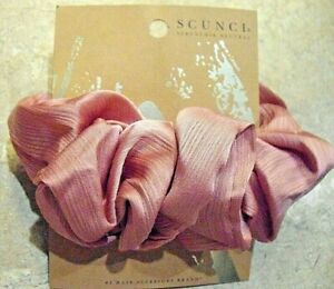 Scunci Extra Large Scrunchie - Pink Copper  High-end style that has comfortable