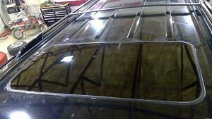 07-14 Cadillac Escalade OEM Sunroof Glass (Glass Only)