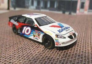 RC 2003 NASCAR Premier  Johnny Benson #10 Valvoline Pontiac  1/64 Rubber Tires