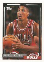 Scottie Pippen Topps 1992/93 - NBA Basketball Card #389