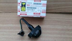 Rear Number Plate Lamp fits Isuzu Pickup TF Chevrolet LUV 8944431862 Genuine