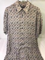 Addendum Mens Size M Beige Gray Shirt Geometric Checks Short Sleeve Button Down