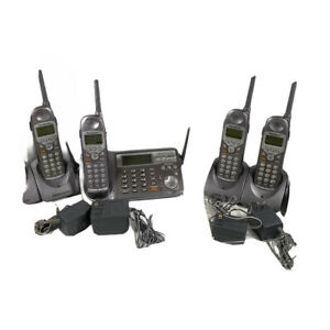 Panasonic Cordless Phone Answering Machine KX-TG5110M 3 Extra Phones & 5 Bases