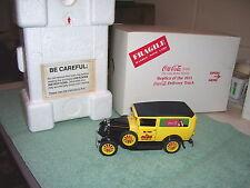 Danbury Mint Die-Cast Coca Cola 1931 Delivery Truck Coke w/ BOX & 24 Coke crates