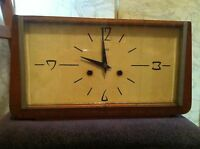VINTAGE Soviet Russian Desk WOOD WOODEN Clock OЧЗ