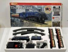 HORNBY MODEL RAILWAY R1040 THE MALLARD OO ELECTRIC TRAIN SET