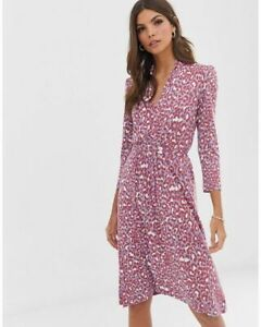 French Connection Dress 3/4 Sleeve Jersey V Neck Tie Waist Animal Print Knee