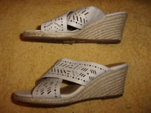 Lucky Brand WEDGE SANDALS WOMEN'S SIZE: 6 M