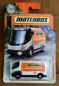 Matchbox MBX Service International eStar 09 Logo Mattel