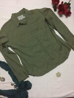 Columbia Women's Green Floral Long Sleeve  Button Up  Size Sz Large  L Collar a