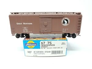 Athearn HO Scale 5007 40' AAR Box - Steam Great Northern #11582 Built Kit