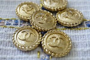 6 Stamped  Chanel Buttons LOGO  CC gold  0,8 inch 21 mm gold