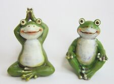 2 Deko Figuren Yoga Frosch Set Frösche in Meditation Frog Dekoration ca. 11 cm