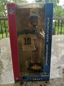 2006 VINCE YOUNG TENNESSEE TITANS NFL DRAFT DAY BOBBLEHEAD #182/1008 TEXAS