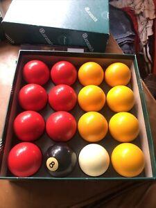 "Bin OLD PUB QUALITY SET OF POOL TABLE BALLS 8 BALL YELLOW / RED SIZE 2 ""ARAMITH"