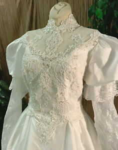 VICTORIAN LONG SLEEVE WHITE TAFFETA WEDDING DRESS GOWN LACE PEARLS VEIL SM-MED