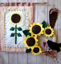 PRIMITIVE FOLK ART SEWING PATTERN 'HARVESTIME' SUNFLOWER WREATH & WALLHANGING
