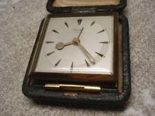 Alte Vintage KIENZLE  Reiseuhr  Wecker Uhr mechanisch Handaufzug Tischuhr