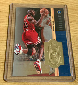 Michael Jordan 1998-99 SPX Finite Radiance Limited. Only 1985/5000 made. RARE!