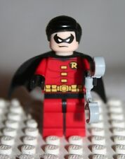 Lego ROBIN MINIFIGURE from Super Heroes Dynamic Duo Funhouse Escape 6857
