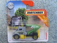 Matchbox 2018 # 035/125 Árbol Lugger Gris Verde Entubado