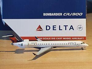 Gemini Jets 1:400 Delta Connection Bombardier CRJ-900   N821SK GJDAL1965