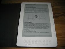 Amazon Kindle DX 4GB, 3G (US) 9.7in White + Leather Case Bundle - B004 D00611