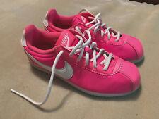 Mujeres Nike Cortez Nylon Rosa Impactante Entrenadores Talla 5.5 gran condición