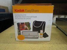 KODAK EasyShare Camera Dock Kit, Lens cleaner Including Camera Inside Camera Bag