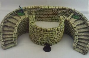 Large Fantasy/ Historical/ LoTR Resin Castle Wall & Steps Nicely Painted