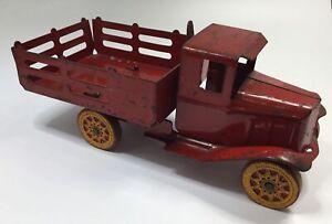 Vintage Wyandotte Red Stake Dump Truck Pressed Steel Toy old antique