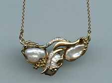 VINTAGE 10KT YELLOW  AND WHITE GOLD PEARL DIAMOND GOLD BALLS PENDANT NECKLACE