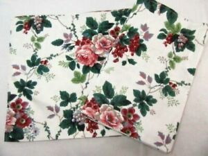 Waverly Pleasant Valley Floral Berries 78 x 14 Window Valances (Set of 2)