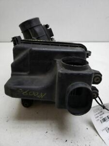 00 01 02 03 04 05 Eclipse Air Cleaner Box 2.4L 4 Cylinder
