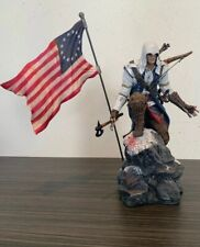 """Assassins Creed lll Freedom """"Connor"""" Figure Statue With Flag"""