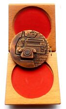 ANTIQUE USSR BRONZE MEDAL TO THE PARTICIPANT OF GREAT WAR 39-45 WOODEN BOX  N110
