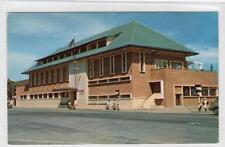 BRITANNIA CLUB: Singapore postcard (C31417)