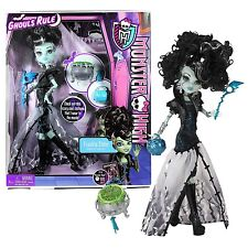 NEW  Monster High Dolls Ghouls Rule Frankie Stein Doll