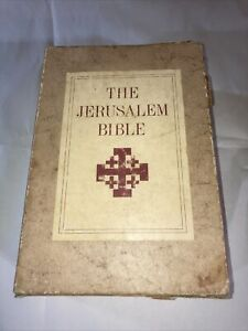 Vtg Jerusalem Bible 1966 Hardcover Red/Maroon w/Case, Doubleday - Good Condition