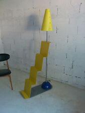Lampe - lampadaire - vintage - années 80 - design - esprit Sottsass - Memphis