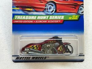 HOT WHEELS 1998 TREASURE HUNT SERIES SCORCHIN SCOOTER #2/12 WITH PROTECTOR
