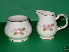 Sadler SA63 Windsor Pink flowers  Creamer and Sugar set Dinnerware